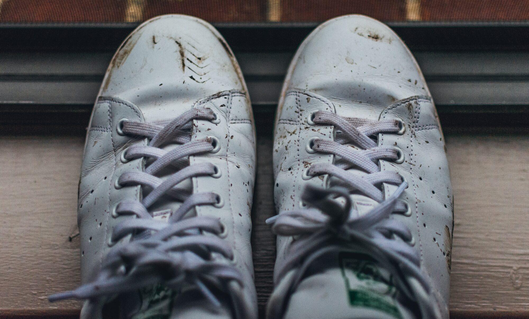 Pas på dine sko med sneaker rens