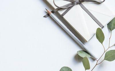 Skil dig ud med en personlig gave